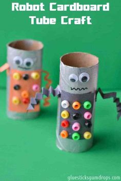 Toilet Paper Roll Craft : This robot cardboard tube craft is so fun to make!Robot Toilet Paper Roll Craft : This robot cardboard tube craft is so fun to make! Cardboard Tube Crafts, Toilet Paper Roll Crafts, Paper Crafts For Kids, Craft Activities For Kids, Paper Crafting, Diy For Kids, Craft Ideas, Cardboard Robot, Cardboard Playhouse
