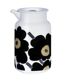 Marimekko Unikko tablewear: teapots, bowls, mugs. Scandinavia Design, Poppy Pattern, Personalized Plates, Doll Painting, China Art, Caramel Color, Graphic Design Print, Marimekko, Decoration Table