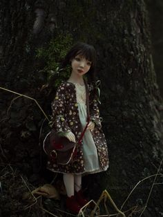 ''Taty into the woods'' by Romantic Wonders Dolls