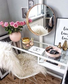 Beautiful vanity. Imagen de chanel, girl, and make up