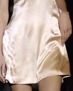 indizzy:  130186:  Betsey Johnson S/S 2007  fashion junky