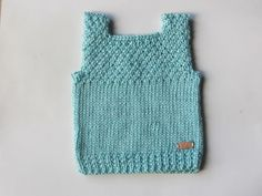 Knitting Patterns Free Dog, Free Pattern, Crochet Patterns, Crochet Baby, Knit Crochet, Tricot Baby, Baby Vest, Couture, Sweaters