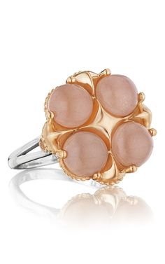 Tacori is known for their breath-taking designs, amazing details and their commitment to making each piece of their collection a special work of art. This piece, the Tacori Moon Rose SR174P36, is no exception. Looking for high quality Fashion rings at affordable prices? You've come to the right place!