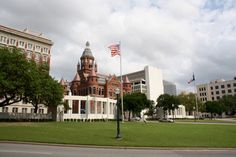 Take A Walk Through Dallas History at the Grassy Knoll  - Fun Things To Do In Dallas Instead of a Netflix Binge #CoolestStuffTX #TexasHistory