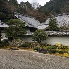 Feeling #zen! #garden #zengarden #nanzenji #temple #kyoto #japan #meditation #boudhisme
