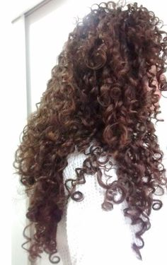 Rotina de cuidados completa! My curly hair routine! Tags: curly hair, natural hair, ginger, red hair, ruiva, cachos, cacheada, valente, merida, brave, curly hairstyle