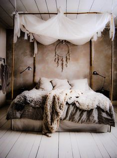 Fur bedspread, Canopy Bed, Viking Style