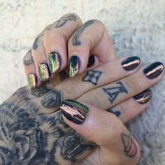 nail polish shiny nails hand jewelry beautiful tattoo nail accessories sparkle gold manicure glitter colorful green yellow bronze metallic nails hipster glitter nail polish iridescent iridescent nail polish holographic multicolor