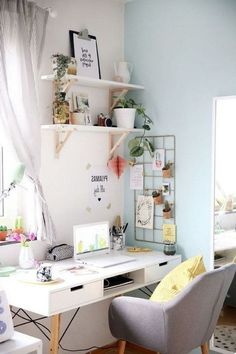 If you choose to make a home office, don't forget to put a lot of thought and details into the design. The idea is a home office that will provide home comfort with workplace functionality. Workspace Design, Home Office Design, Home Office Decor, Diy Home Decor, Art Decor, Office Ideas, Decor Ideas, Diy Ideas, Decorating Ideas