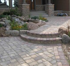 Cobblestone Patio with Steps