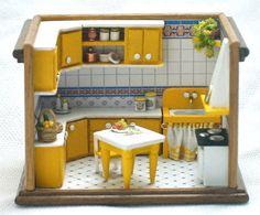 Cucina gialla, roombox scala 1/144, fatto a mano.OOAK