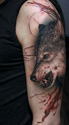 Shoulder wolf tattoo idea for men #tattoosmen'ssleeves