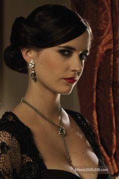 Eva Green Casino Royale, James Bond Casino Royale, Beautiful Celebrities, Beautiful Actresses, Beautiful Women, Ava Green, Eva Green 300, French Actress, Gemma Arterton