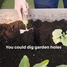 Drill Quick & Easy Garden Holes for Planting Your Garden - Garden Tools - Plantio Container Design, Gardening For Beginners, Gardening Tips, Gardening Gloves, Gardening Magazines, Gardening Supplies, Kitchen Gardening, Gardening Books, Gardening Services