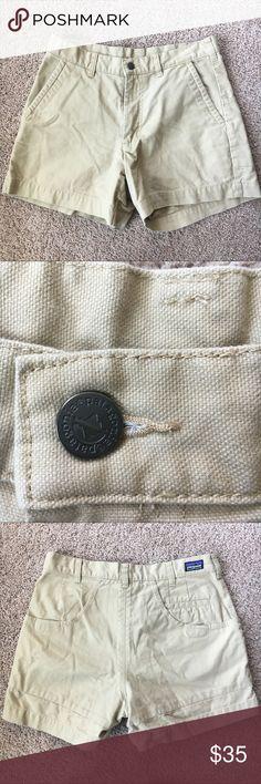 Patagonia Organic Cotton Men's Khaki Shorts In wonderful condition! Patagonia Shorts