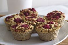 muffins of oats, coconut and raspberrys