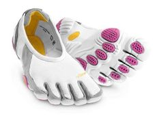 Two new pairs of Vibram FiveFingers to try!