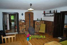 Obývací pokoj malebné jihočeské chalupy v Kolodějích nad Lužnicí