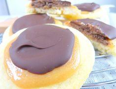Twix-Kekse: Shortbread mit Karamell und Schokolade   http://www.einherzfuerzucker.de/p=627