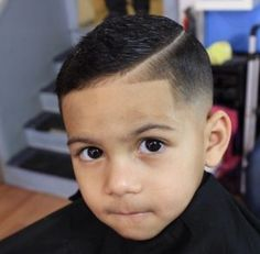 Boys Haircuts popular for cute kids, teens and little boys to look cool and trendy. From unqiue short and long boys hairstyles to cute black boys haircuts! Boys Haircuts 2016, Cute Boys Haircuts, Boys Fade Haircut, Baby Haircut, Black Boys Haircuts, Toddler Boy Haircuts, Little Boy Haircuts, Cute Hairstyles For Kids, Boys Long Hairstyles