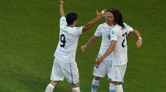 #Uruguay viene con su tridente: #Forlán, Suárez y Cavani. #Peru21