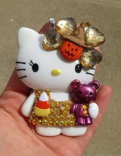 Hello Kitty with Bear Golden Halloween Pendant | evezbeadz - Seasonal on ArtFire NEW & ON SALE