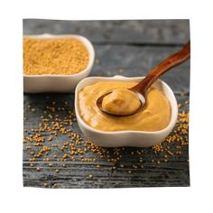 The benefits of mustard have been known for centuries. Rich in glucosinolates and other antioxidants, yellow mustard fights oxidative stress and inflammation. Mustard Plant, Mustard Seed, Pie Recipes, Healthy Recipes, Anti Oxidant Foods, Soy Products, Breastfeeding Tips, Vinaigrette, Turmeric