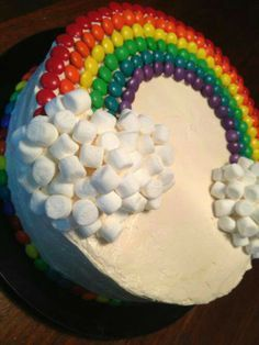 the rainbow cake is topped with i think skittles and tons of marsh… rainbow cake. the rainbow cake is topped with i think skittles and tons of marshmallows. this cake would be good for a birthday party i guess! Cake Cookies, Cupcake Cakes, Candy Cakes, Cupcake Recipes, Rainbow Food, Cake Rainbow, Rainbow Baby, Rainbow Icing, Rainbow Theme