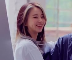 Kpop Girl Groups, Korean Girl Groups, Kpop Girls, Chaeyoung Twice, Korean K Pop, Twice Kpop, Dahyun, Good Smile, How Many People