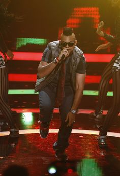 Sean Paul performs at the Echo Awards Sean Paul, Music Station, Album, Music Is Life, Music Artists, Songs, Guys, Celebrities, Awards