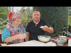 Pierogi babci Marysi lepszych w życiu nie jadłem / Oddaszfartucha - YouTube Polish Recipes, Polish Food, Pierogi, Food And Drink, Cooking Recipes, Vegetarian, Youtube, Poland, Pride
