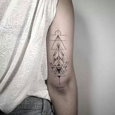 My lovely tattoo by Dan Matsumoto #libra #air #sriyantra #lines #tattoo <3