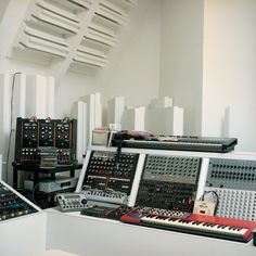 Vladislav Delay's Berlin studio, December 2007. Photographed by Kai von Rabenau for The Wire 288. http://thewire.co.uk/archive/galleries/in-the-studio