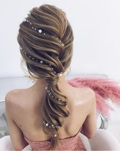 Idée Tendance Coupe & Coiffure Femme 2018 : : 53 Fabulous Ideas of Wedding Hairstyles & Haircuts in 2018 - wedding and engagement photo Hairstyles Haircuts, Pretty Hairstyles, Bridal Hairstyles, Mermaid Hairstyles, Hairstyle Wedding, Hairstyle Ideas, Prom Hair Updo Elegant, Wedding Hairdos, 2018 Haircuts