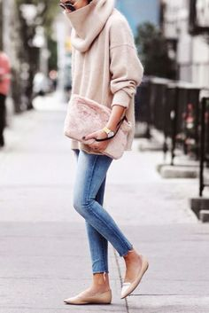 pretty in pink. winter fall or spring outfit look street style Mode Outfits, Winter Outfits, Casual Outfits, Spring Outfits, Casual Attire, Fashion Images, Look Fashion, Womens Fashion, Street Fashion