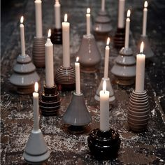 Christmas Decorating Trends 2019 / 2020 – Colors, Designs and Ideas - InteriorZine Christmas Trends, Modern Christmas, Christmas Inspiration, Christmas 2019, Beautiful Christmas, White Christmas, Xmas, Scandinavian Christmas, Christmas Candle Holders