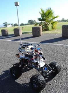 Robot Cars Get Hyper-Maneuverable With Actuated Tails