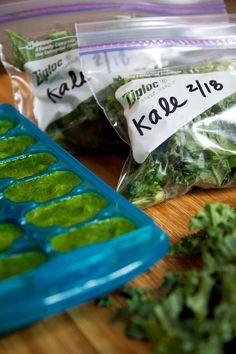 How to Freeze Greens for smoothies. Genius! Spinach goes bad so fast.