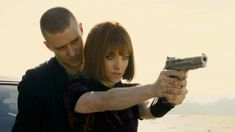 Justin Timberlake & Amanda Seyfried - In Time. I wouldn't mind JT behind me while I shoot. Best Sci Fi Movie, Sci Fi Movies, Movies To Watch, Good Movies, Fiction Movies, Lucy Movie, Film Movie, 2011 Movies, Sci Fi Thriller