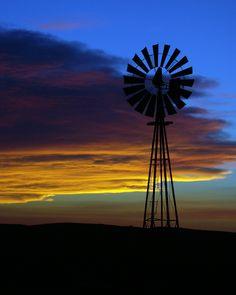 Ord Sunset | Nebraska windmill