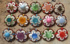 Button Flower Brooches