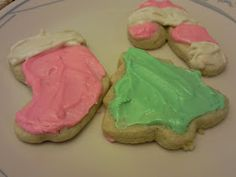Live Free, Gluten Free: Christmas Sugar Cookies with Peppermint Frosting
