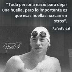 Rafael Vidal (6 de enero de 1964 - 12 de febrero de 2005). A los 20 años, Vidal se convirtió en el primer nadador venezolano en ganar una medalla olímpica en la categoría 200 m estilo mariposa en los Juegos Olímpicos de Los Angeles 1984.El tiempo marcado por el atleta venezolano en dicha competencia, se convirtió en la marca referencial del continente americano hasta 1991.