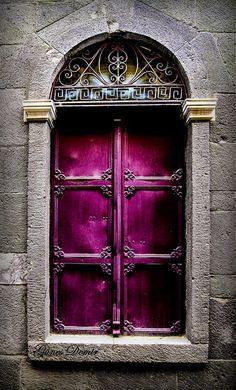 Purple Door in Chios, Greece. It looks like a portal to another world! Door Entryway, Entrance Doors, Doorway, Grand Entrance, Front Doors, Les Doors, Windows And Doors, Cool Doors, Unique Doors