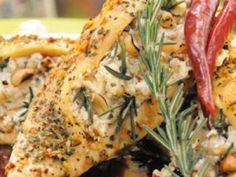 Pollo Asado a las Finas Hierbas Dinner Options, Fried Chicken, Meals, Baking, Recipes, Food, Caleb, Holiday, Baked Chicken Breast