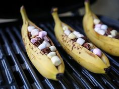 Fruit Recipes, Sweet Recipes, Dessert Recipes, Recipies, Tapas, Grill Dessert, Delicious Desserts, Yummy Food, Rhubarb And Custard