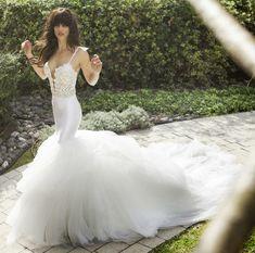30 Beautiful Wedding Dresses with Impressive Trains