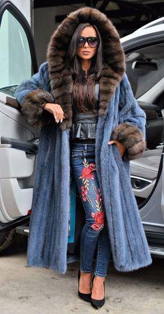 #chinchilla #russian #swinger #royal #sable #saga #mink #long #coat #hood #clas #new #fur #foxNEW ROYAL SAGA MINK RUSSIAN SABLE LONG FUR COAT HOOD CLAS CHINCHILLA FOX SWINGER Long Fur Coat, Fur Coats, Chinchilla, Cool Coats, Fabulous Furs, Saga, Cosplay Outfits, Fur Fashion, Military Fashion