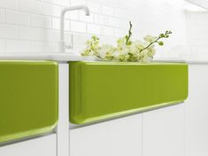 greensink51712.jpg Jonathan Adler - what's not to like?