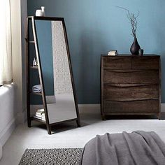 In interior design, a mirror may be something which has magic energy. The mirror may brighten a room that feels dark, can make a tiny … Mirrored Furniture, Wood Furniture, Bedroom Furniture, Furniture Design, Modern Farmhouse Style, Modern Rustic, Small Mirrors, Interior Decorating, Interior Design